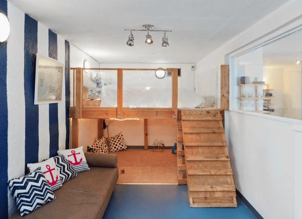 Fartyget källaren sovrum
