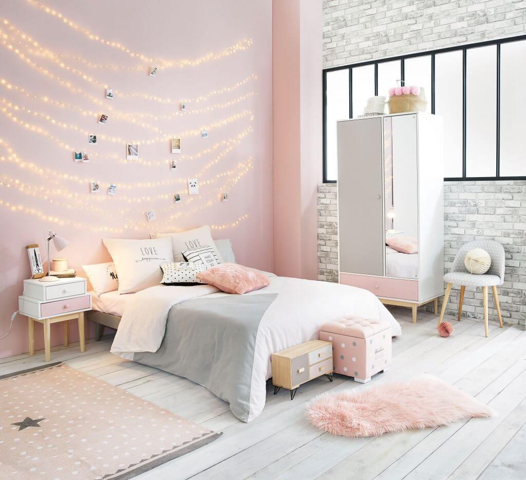 Kvinnlig tonåring sovrum