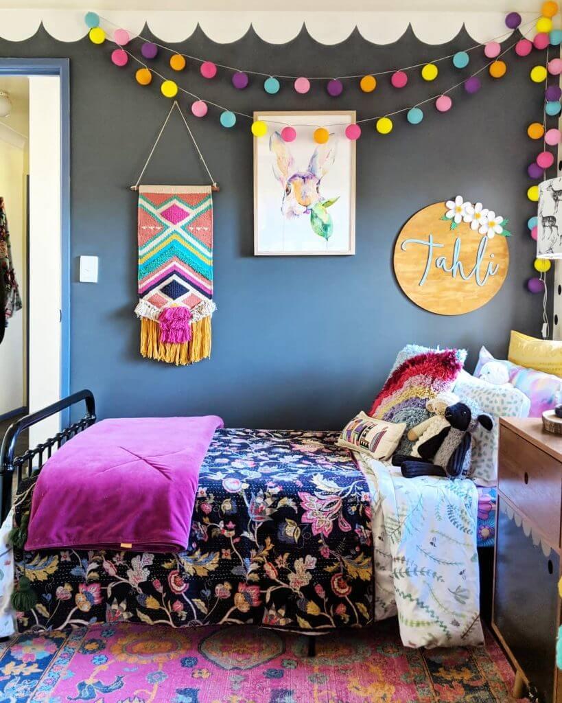 Färgglada tonåring sovrum