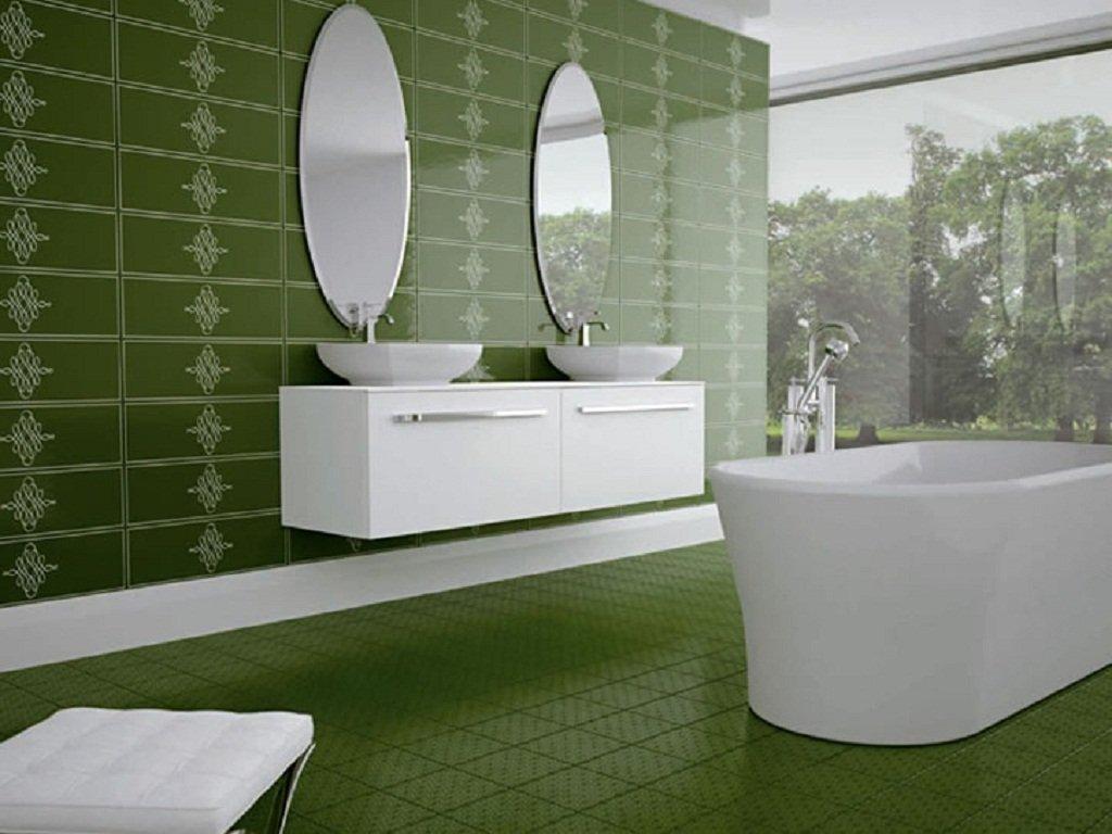 Grönt ljust badrum