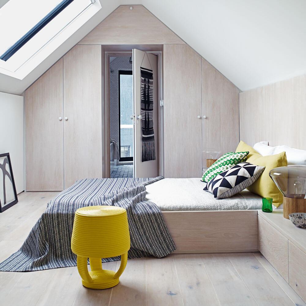 Minimalistisk sovrumsdörr