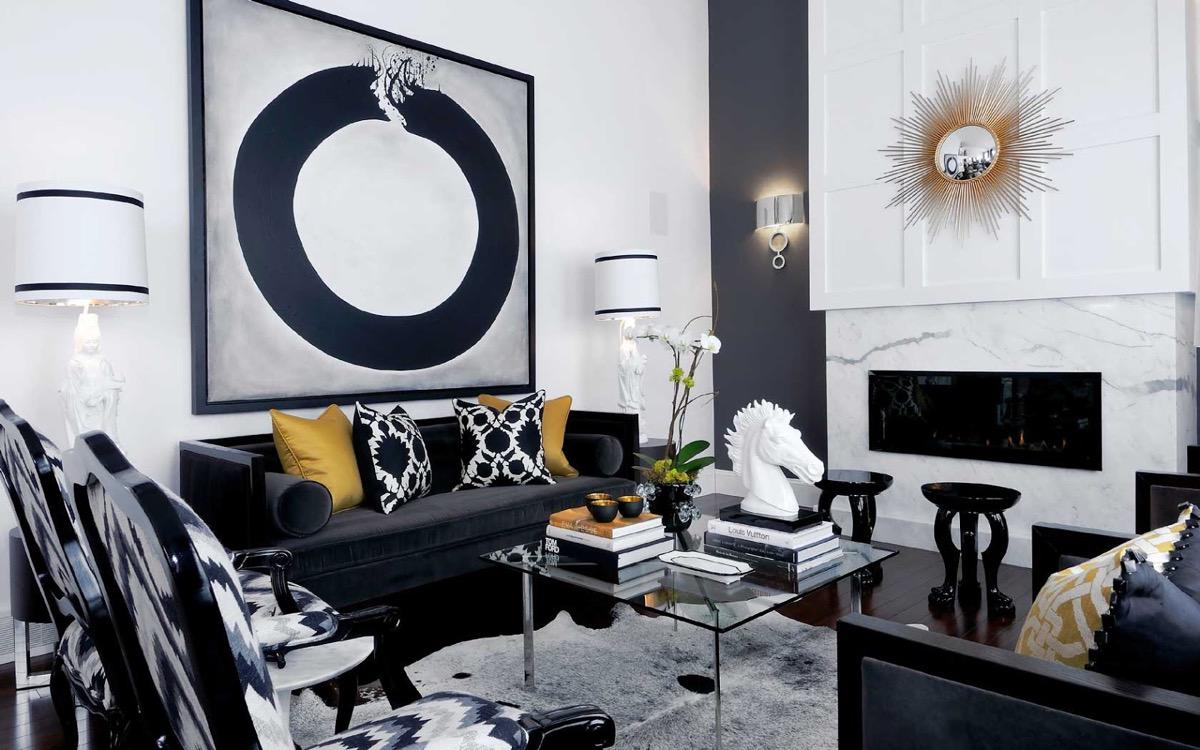 Skimrande, elegant vardagsrum.