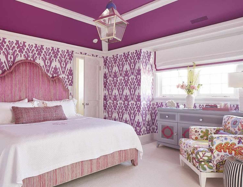 Lila romantiskt sovrum