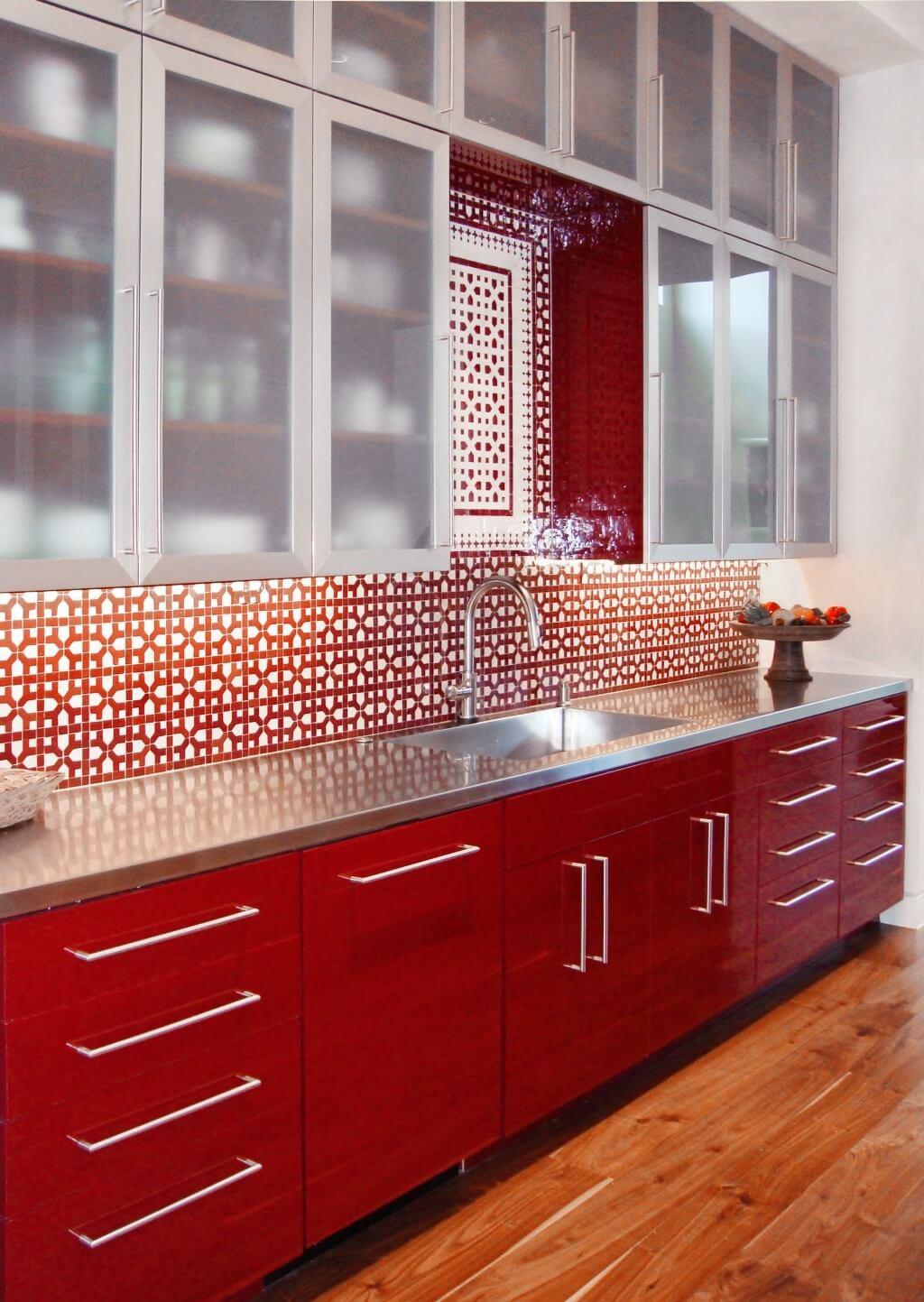 Minimalistiskt köksskåp