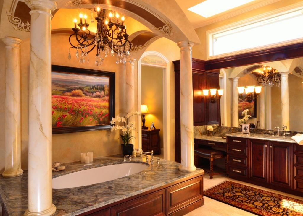 Extravagant toskanskt badrum