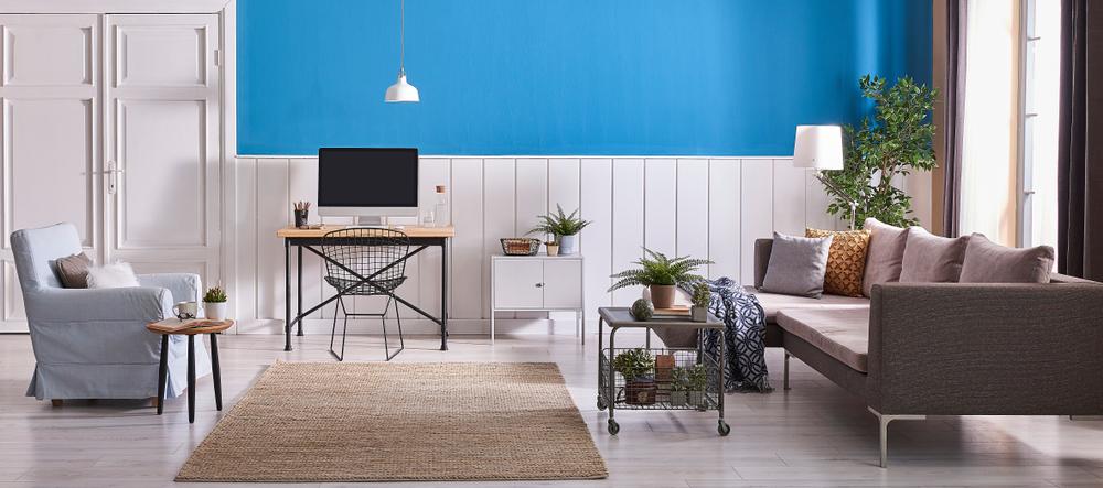 Omfattande blå vardagsrum