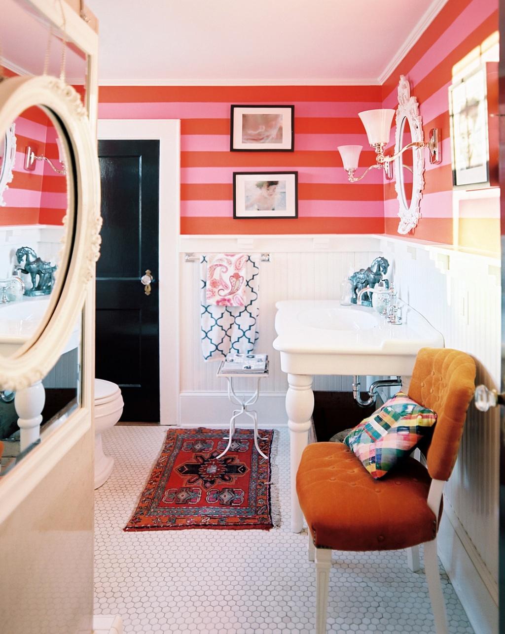 Färgglada tonåring badrum