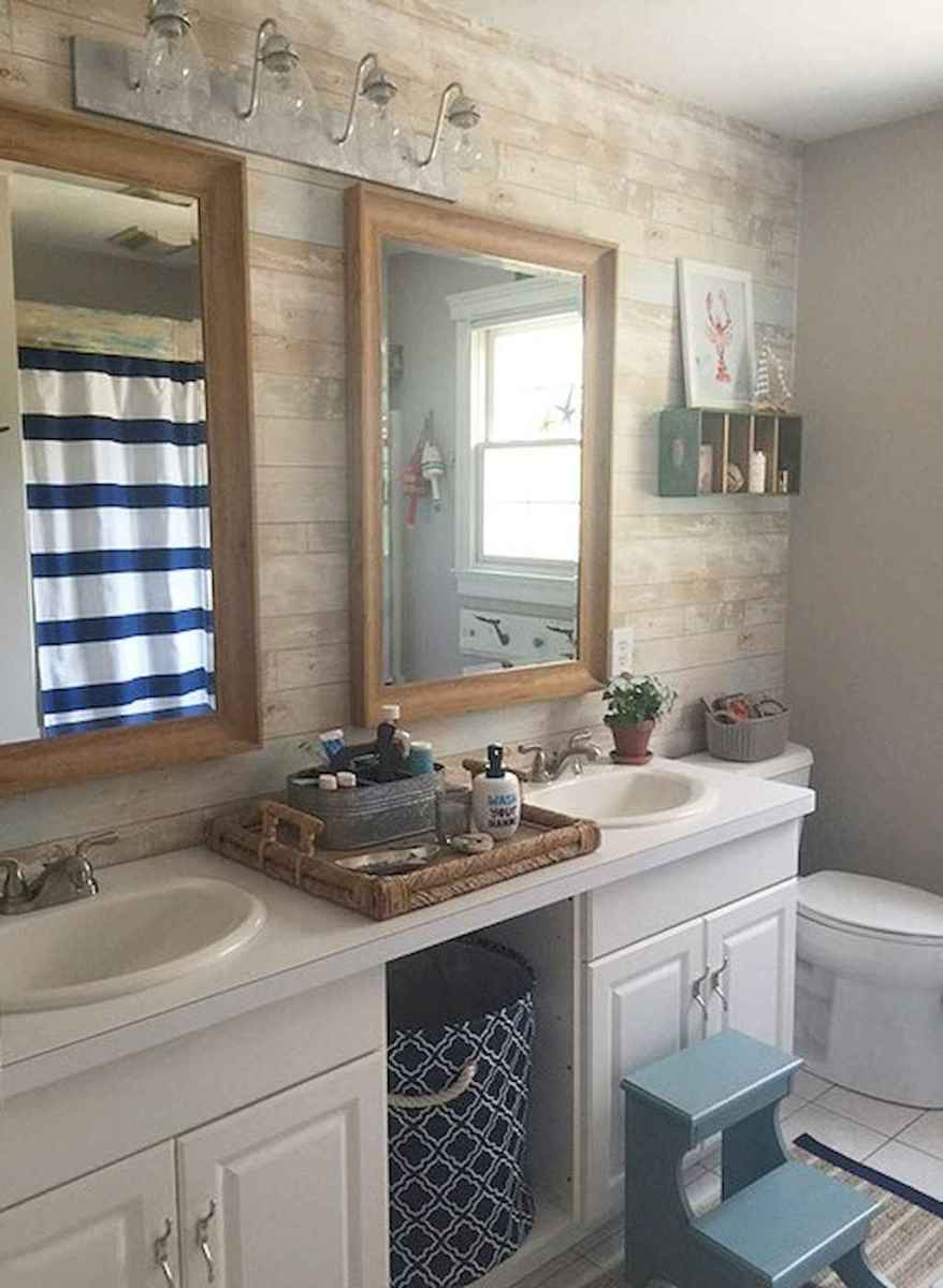 Naturligt shiplap-badrum