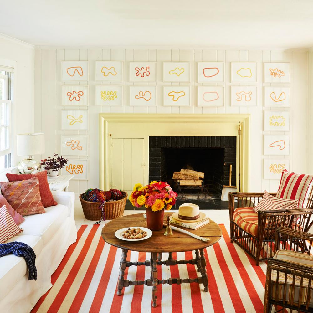 Färgrikt vardagsrum i ränder
