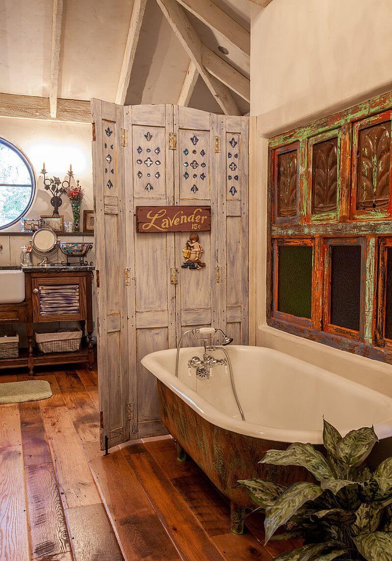 Vackert sjaskigt chic badrum