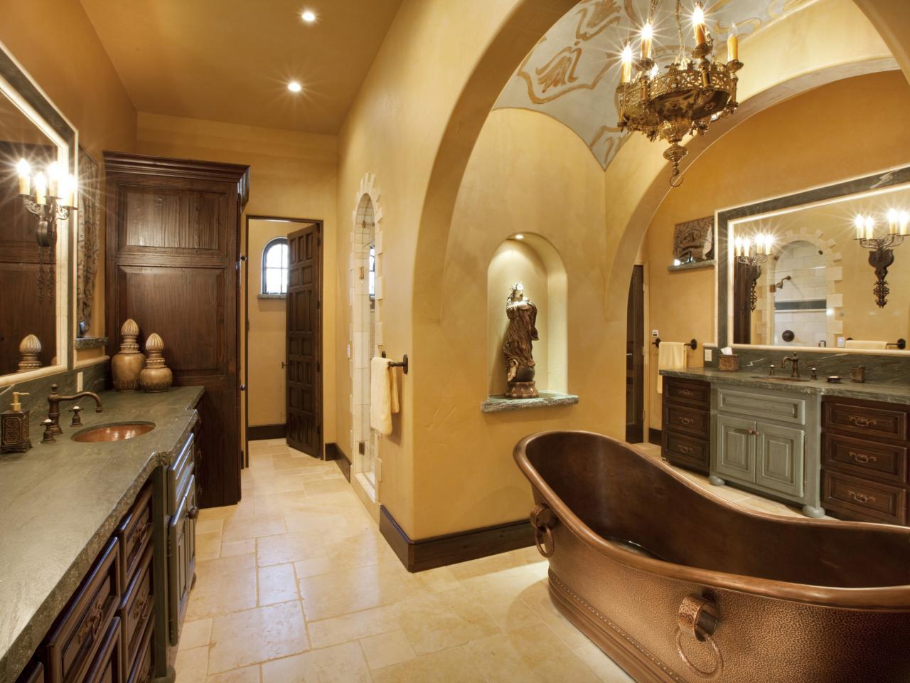 Toskanska jordton badrum