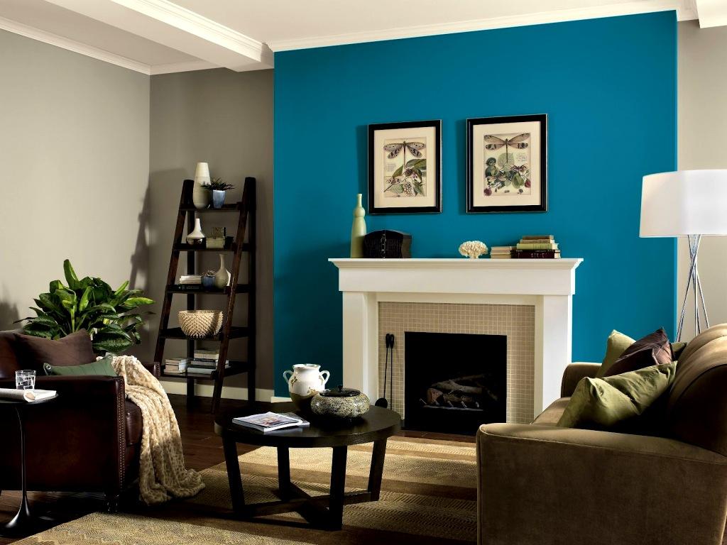Beundransvärt blått och brunt vardagsrum