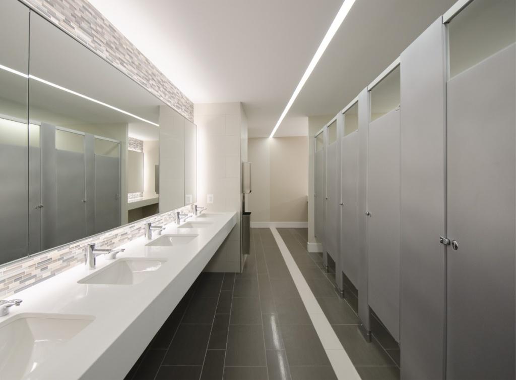 Neutral kontor badrum