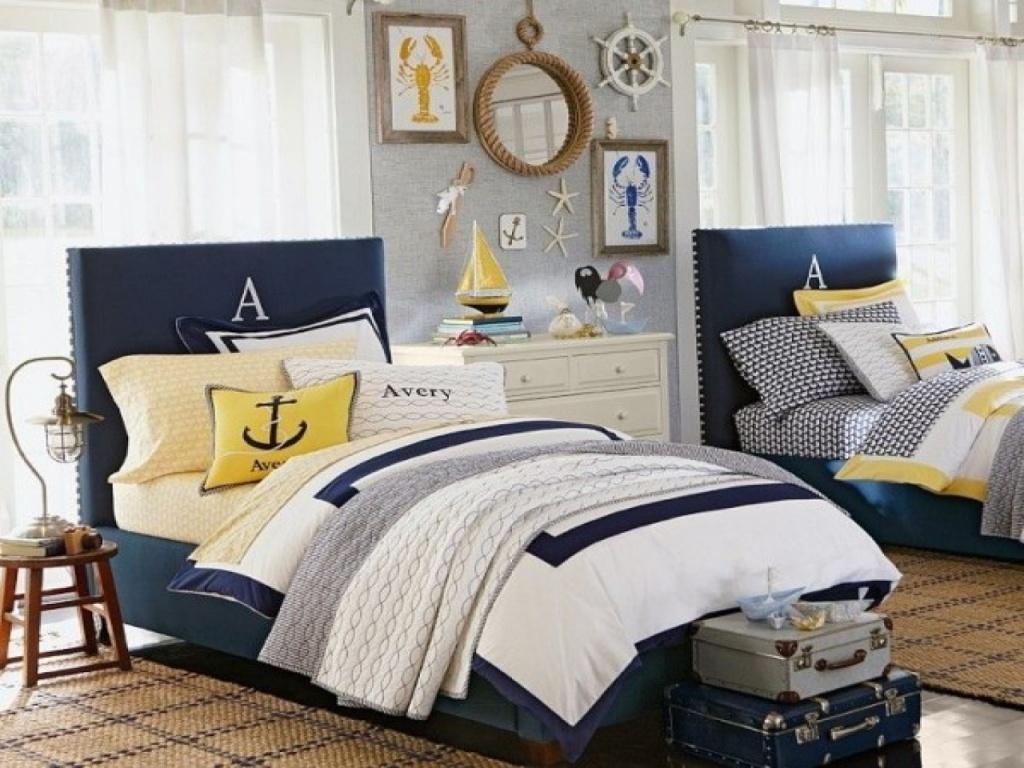 Cool mörkblå sovrum