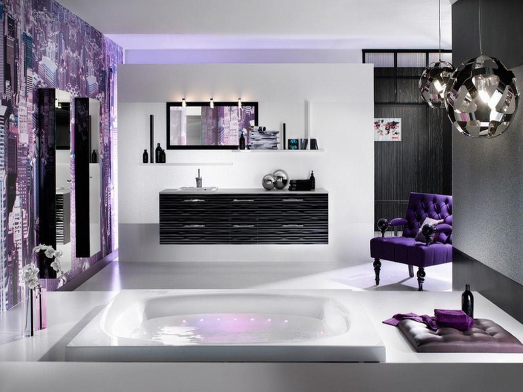 Fantastiskt lila badrum