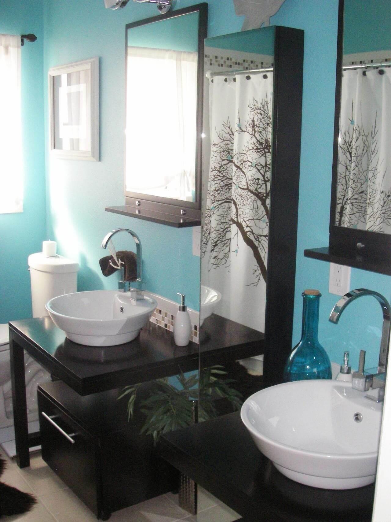 Fantastiskt blågrönt badrum