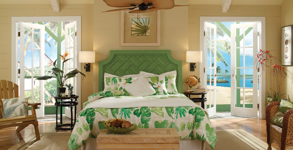 Luftigt tropiskt sovrum