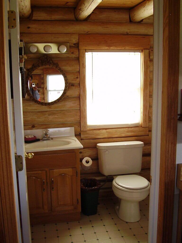 Litet stuga badrum