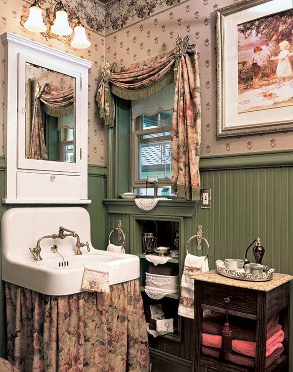 Klassiskt badrumsbricka
