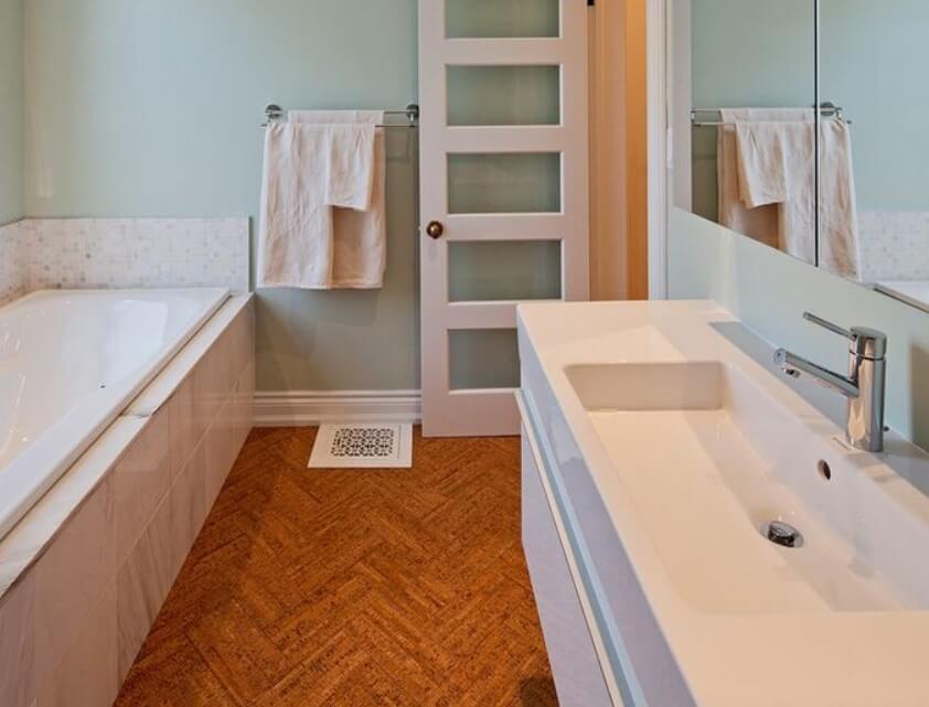 15 idéer för badrumsdörrar 2020 (som du någonsin kommer att behöva) 5
