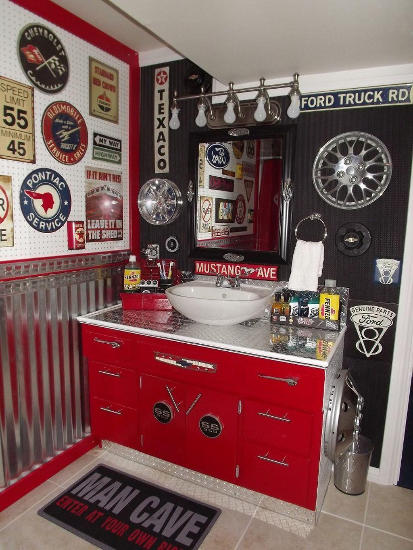 Stort garage badrum
