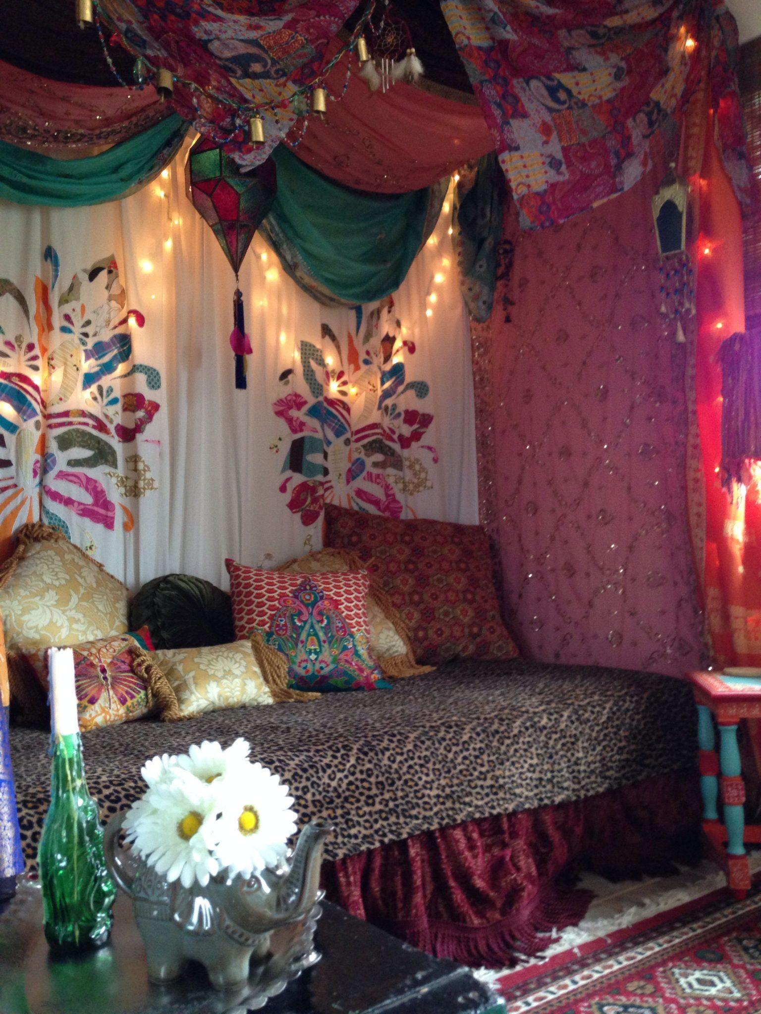 Gypsy Bohemian vardagsrum.  Källa: Pinterest