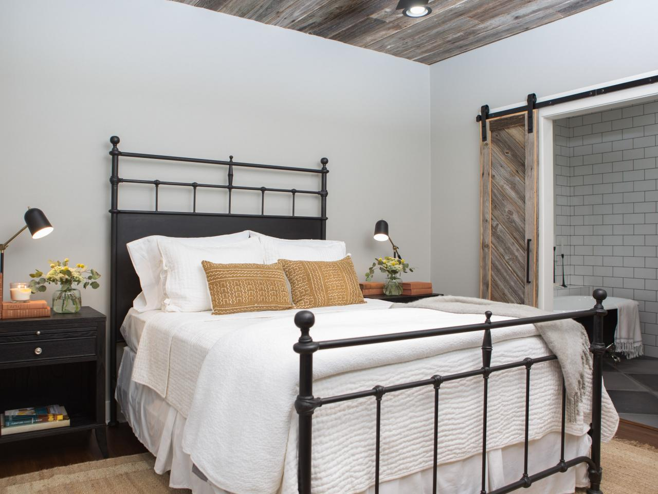 Modernt klassiskt samtida sovrum