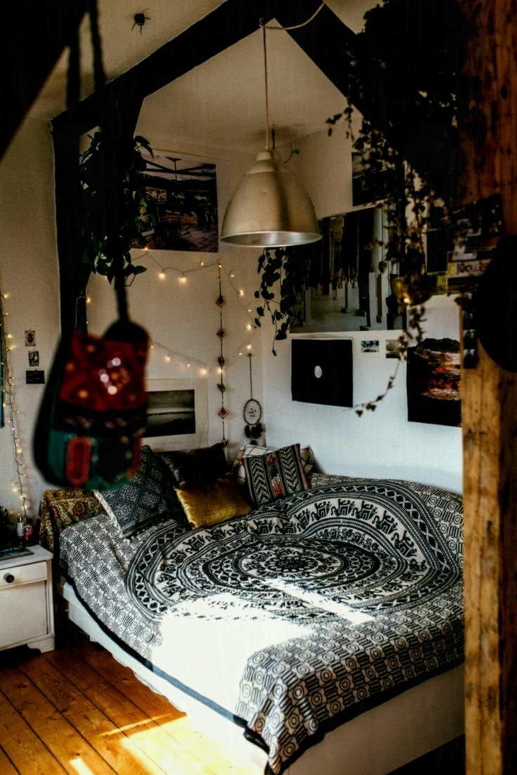 Dramatiskt bohemiskt sovrum