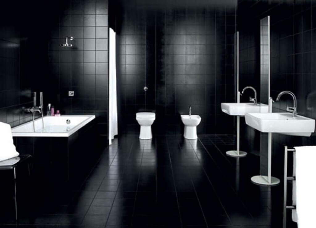 Mystiskt svart badrum