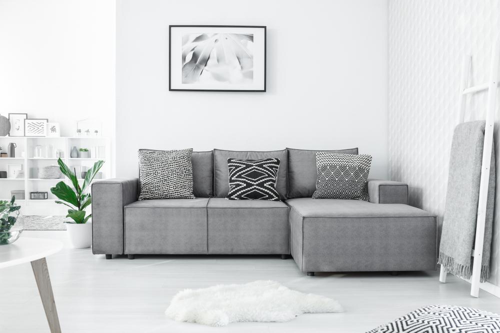 Minimalistiskt vardagsrum