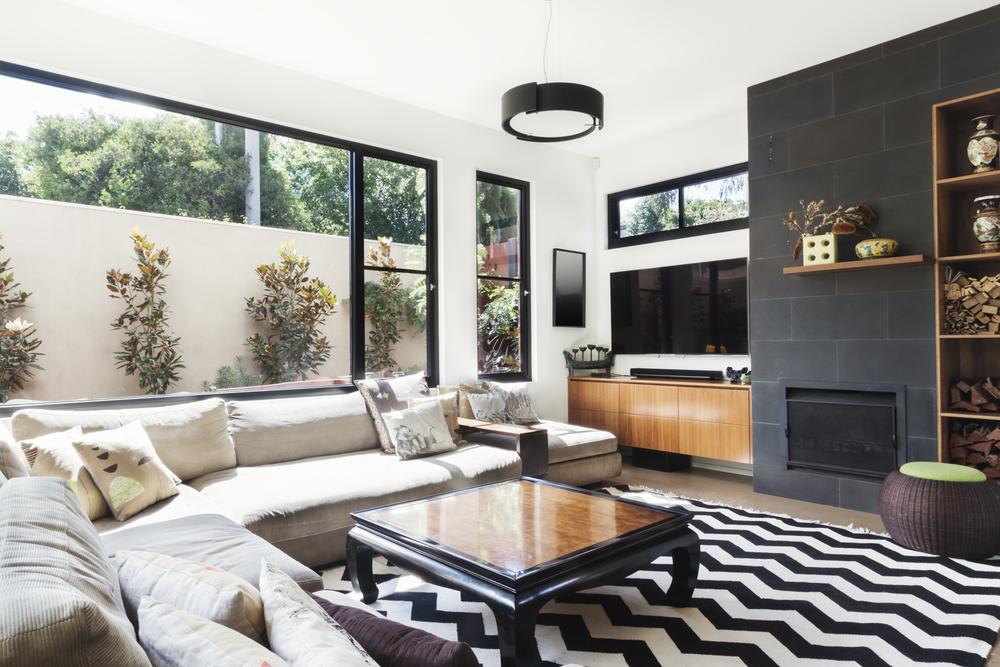 Kompakt modernt vardagsrum
