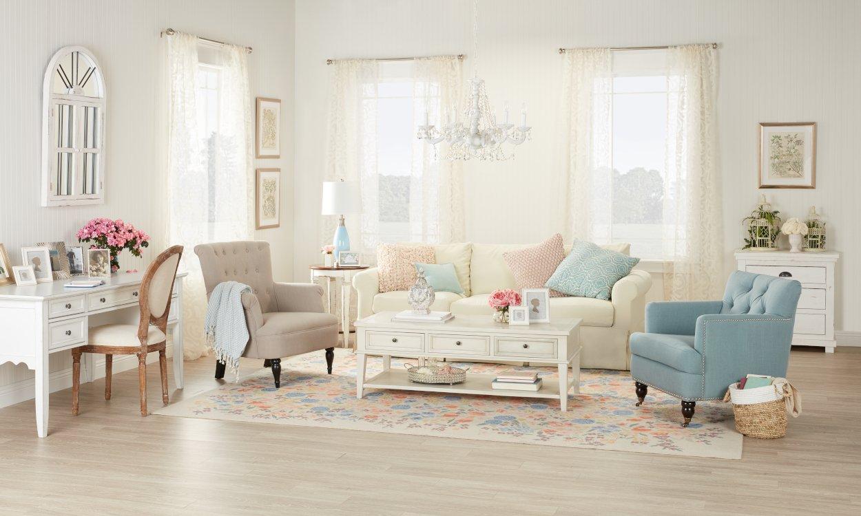 Romantisk känsla i det färgglada vardagsrummet