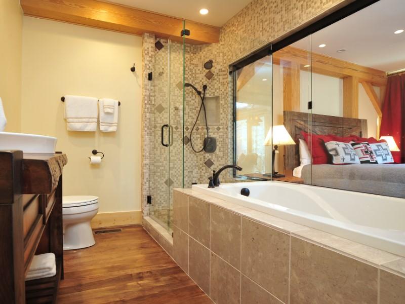 Rustikt bergstil badrum