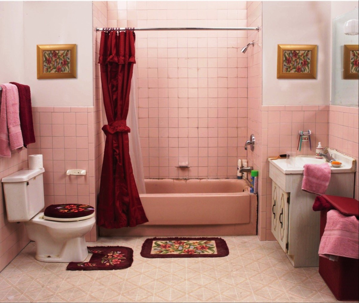 Söt sovsal badrum