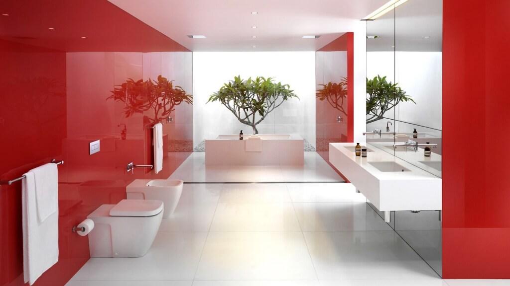Nytt rött badrum