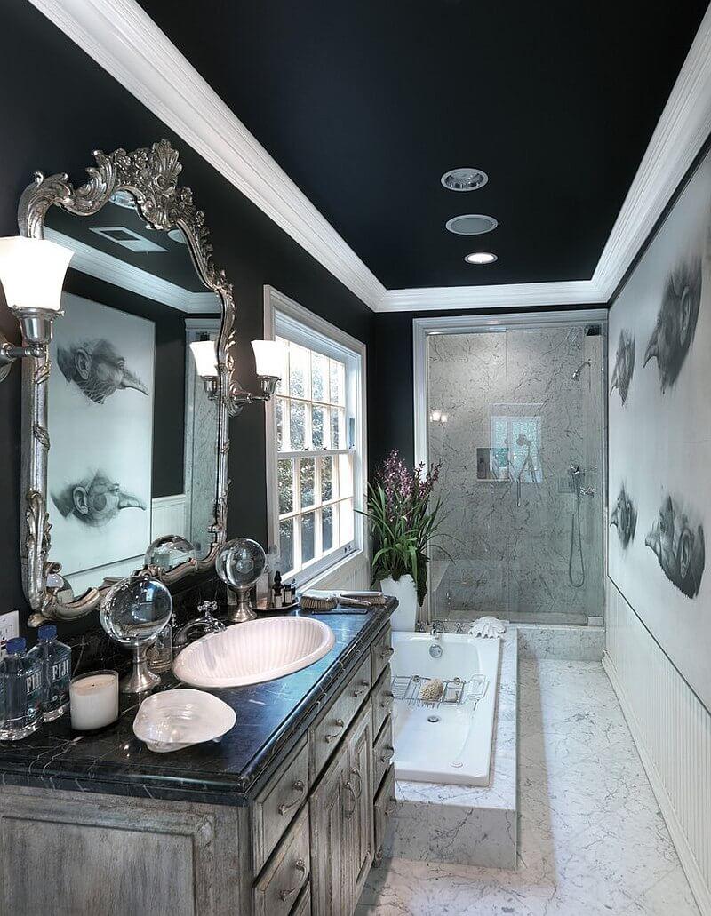 Elegant svart badrum