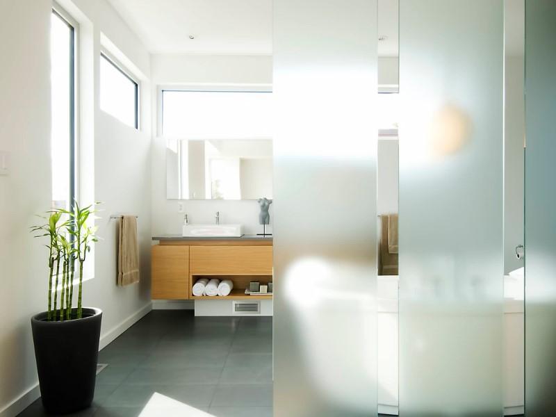 15 idéer för ett vitt badrum 2020 (enkelt men elegant) 2