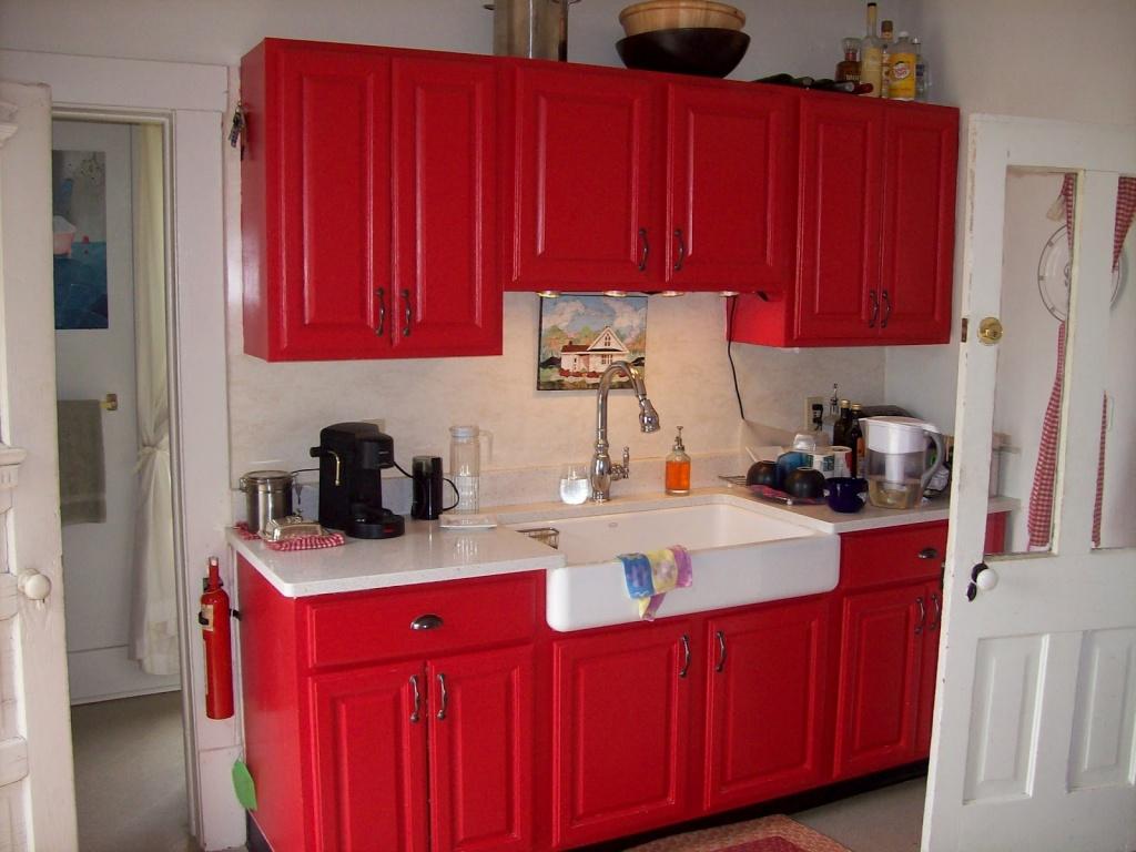 Blodrött kök