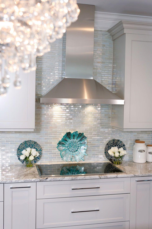 Glödande glasplattor kök backsplash