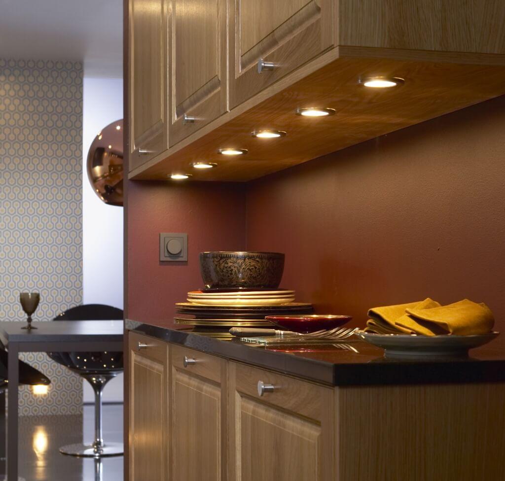 Batteridrivet kök under skåpbelysning