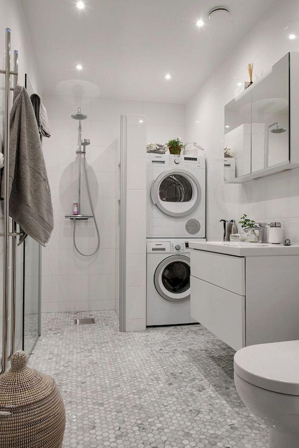 Unika soptunnor i badrummet
