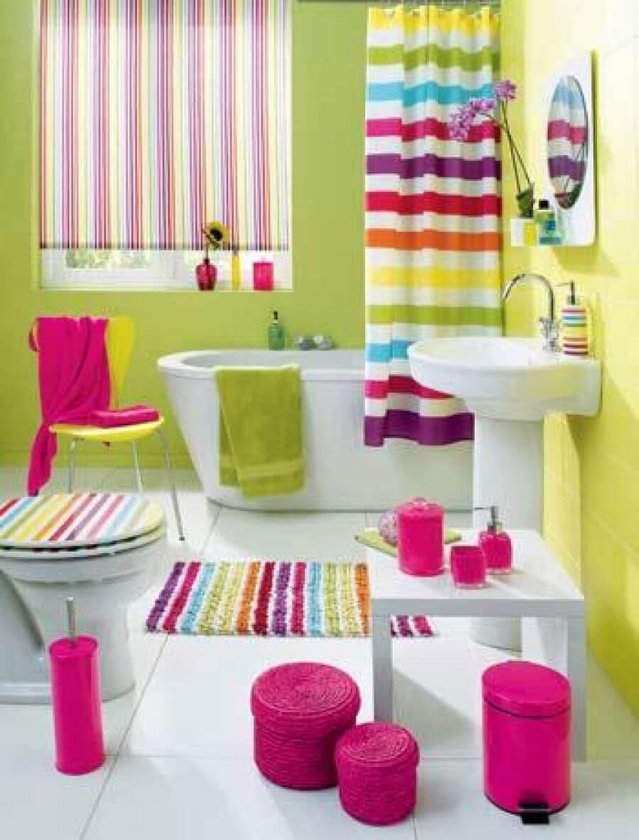 Trevligt sopor för badrum