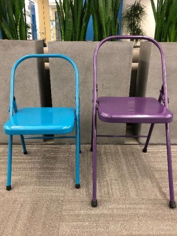 Spiraledge påminner om rygglösa stolar med yoga på grund av fallrisk (minns.
