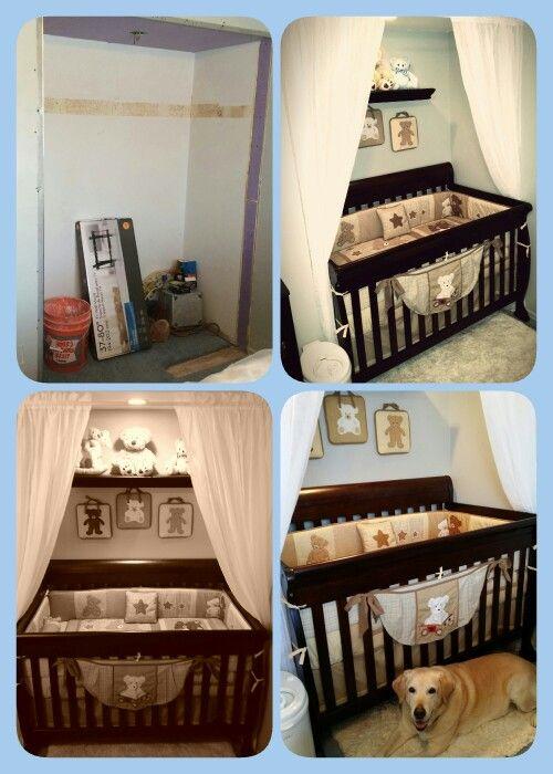 Spjälsäng i garderobsutrymme |  Litet rymdkammare, föräldrarum, baby.