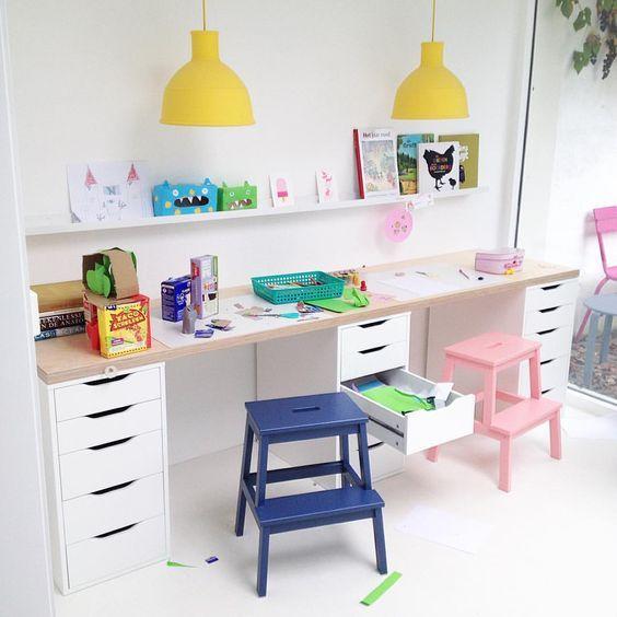 Ikea barn skrivbordshack: |  Ikea barn skrivbord, barn skrivbord, barn rum.