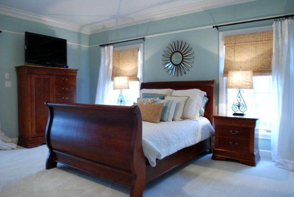 Sweet Chaos Home: Vårt hem: Master Bedroom |  Trä sovrum.