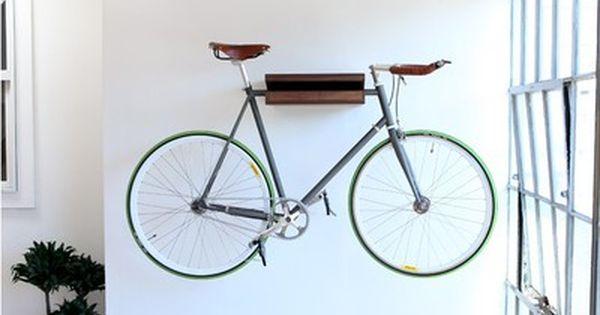 10 sätt att hänga din cykel på väggen som ett konstverk  Inomhus.