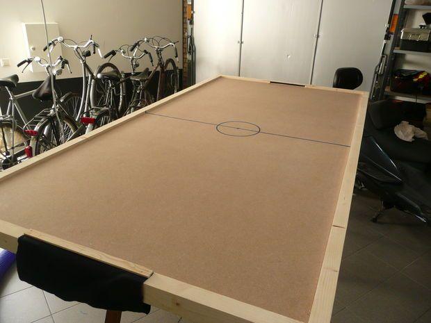 DIY Air Hockey Table |  Air hockey, Diy biljardbord, Air hockey flik