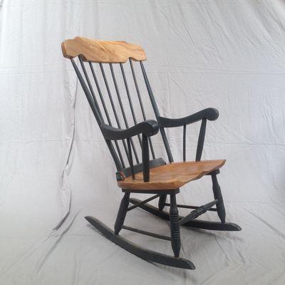 Avery Howell möbler |  Stol makeover, gungstolar av trä.