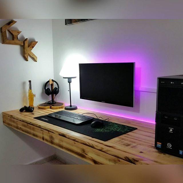 En fantastisk inställning.  23+ DIY-skrivbordsidéer för dina hemmetaggar.